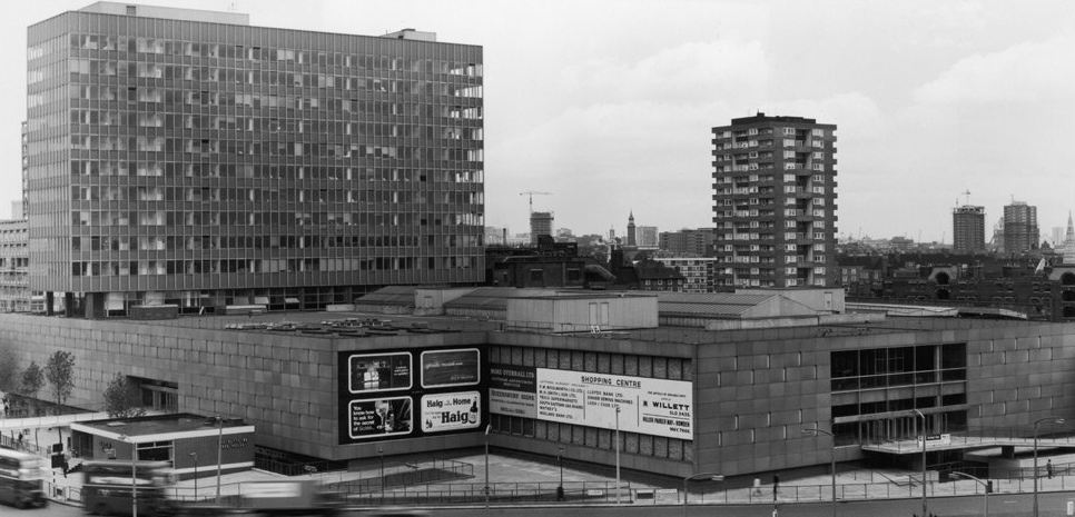 A History Of The Elephant Castle Part Two View From The Mirror