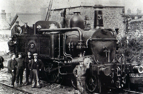 An early Metropolitan steam engine (image: Watchet Museum).