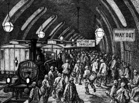 Rush hour at Baker Street... Victorian style.