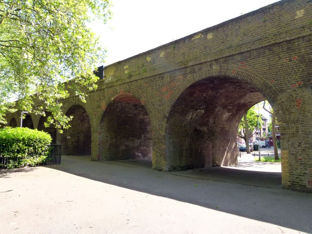 As the viaduct heads further south, the arches become neater and more diminutive.