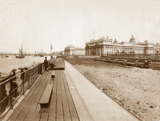 Greeniwich Pier, pictured in 1890 (image: oldukphotos).