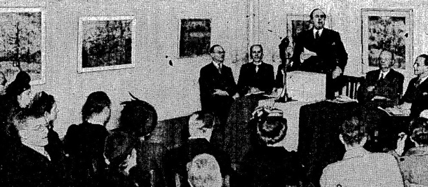 The Dutch Ambassador opening London's first major display of Van Gogh's work, 1947 (image: The Times).