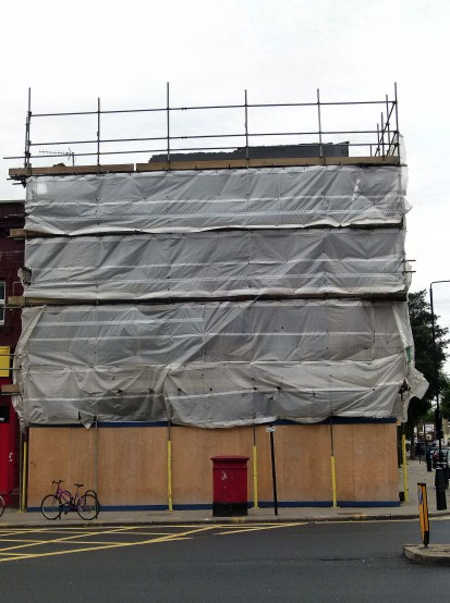 The sorry state of the former Castle Tavern, September 2013.
