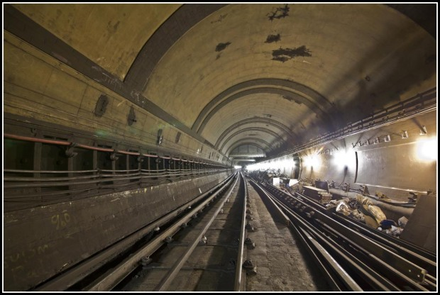 All that's left below ground.... the platforms of South Kentish Town today (image: Silent.UK site).