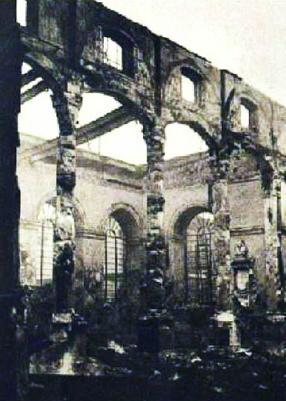 The ruins of St Lawrence Jewry following the devastating December 1940 raid.