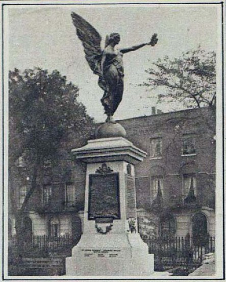 Finsbury War Monument at the time of its unveiling in 1921 (image: London Illustrated News)