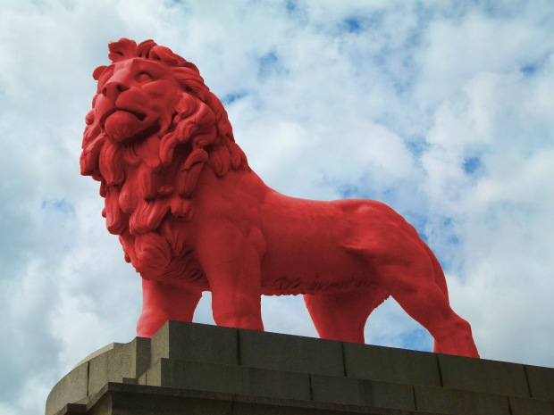 The Coade Stone Lion, back in red...thanks to the wonders of photo manipulation!