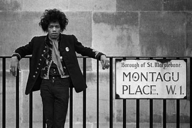 Jimi Hendrix posing on Montagu Place