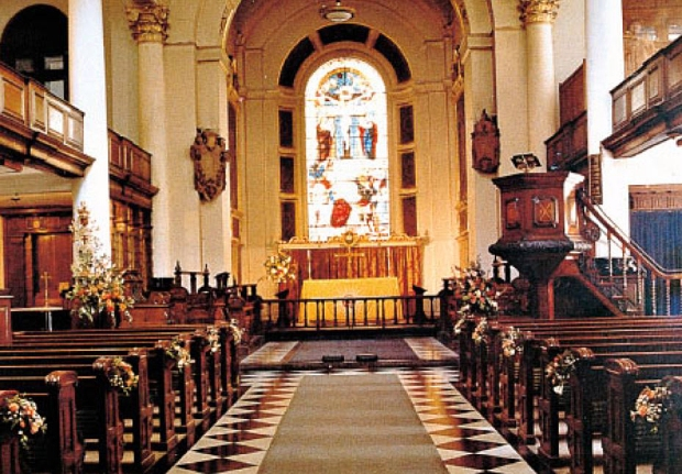 St Botolph's, Aldgate 1982... look towards the top right-hand corner