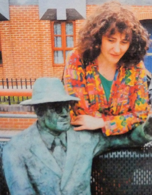 Diane Gorvin with her original Dr Salter sculpture in 1991