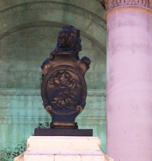 The memorial's lion figurehead