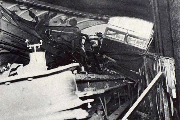 Aftermath of the 1924 Euston tunnel crash
