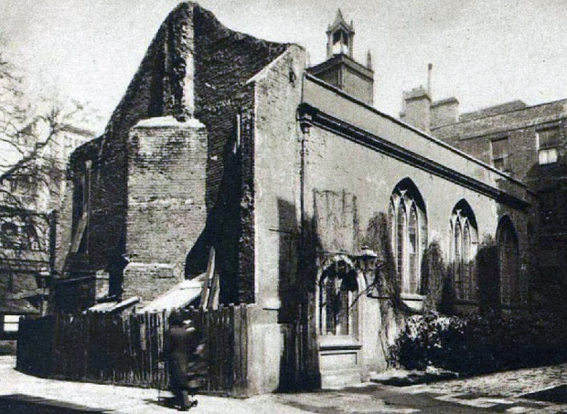 Clifford's Inn hall picture in September 1934, shortly before its demolition (image: London Illustrated News)